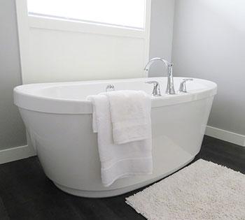 Kąpiel perełkowa - na czym polega, jak się przygotować, wskazania, przeciwwskazania