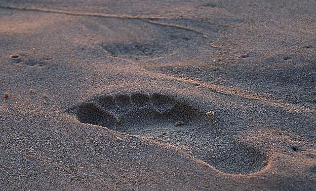 Bolesne odciski na stopach. Co robić?