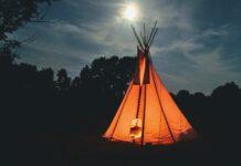 czy namiot to odpowiednie miejsce na zabawę dla dziecka?